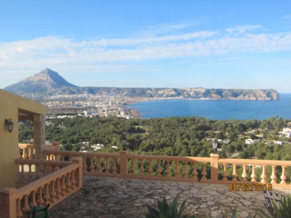 Villa con espectaculares vistas al mar