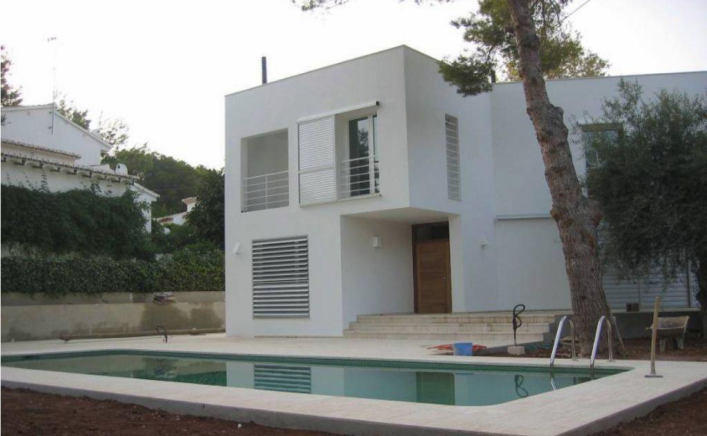Villa de lujo con estilo moderno
