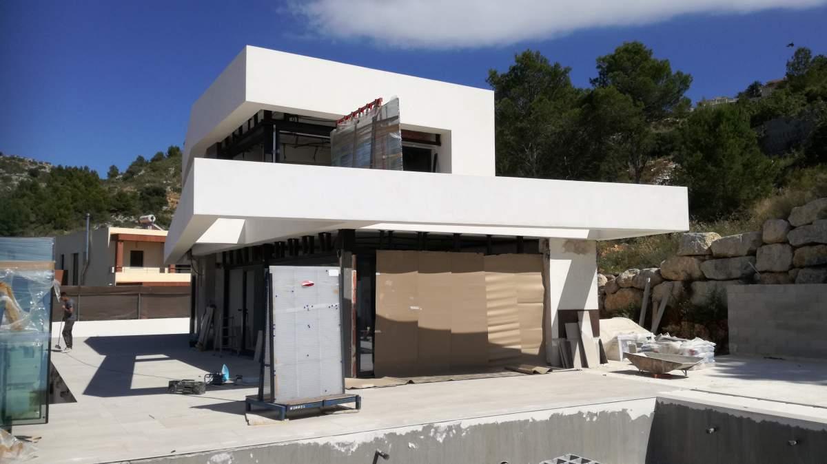 Villa de construcción nueva con vistas al mar