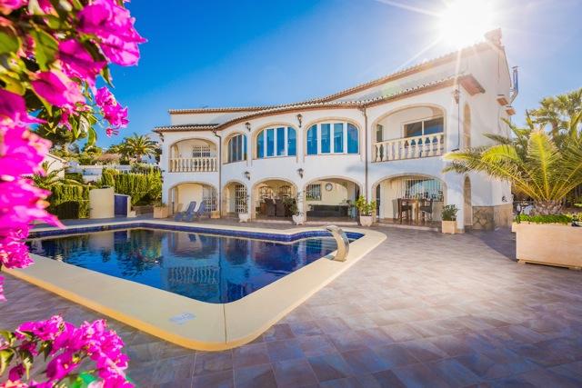 Villa de lujo con vistas al mar