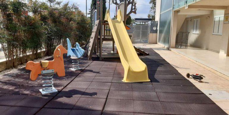 CA26 parque infantil